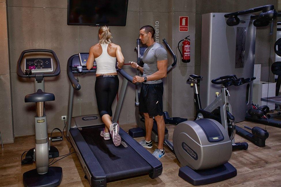 Galeria entrenamiento personal en tu gimnasio oto - Imagenes de gimnasio ...